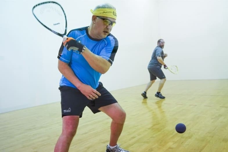 what is the difference between squash and racquetball