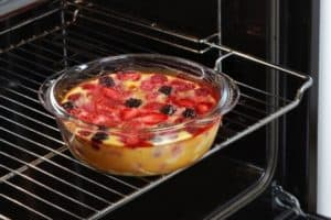 Can Glass Go in the Oven? Glass Bowls, Pans, Plates, Lids