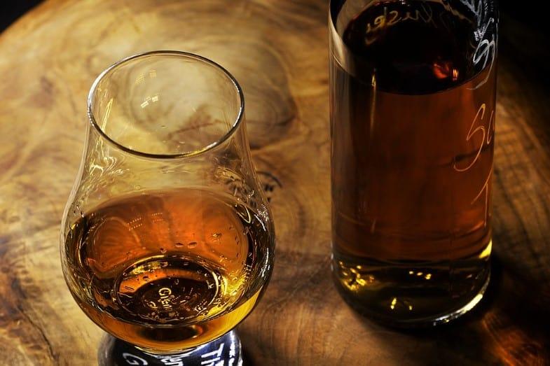 whiskey versus rum