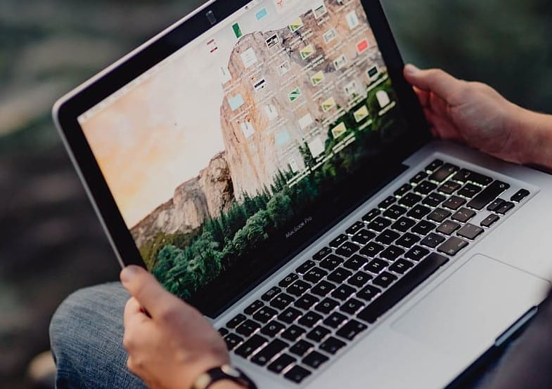 how long can you expect macbook pros to last for