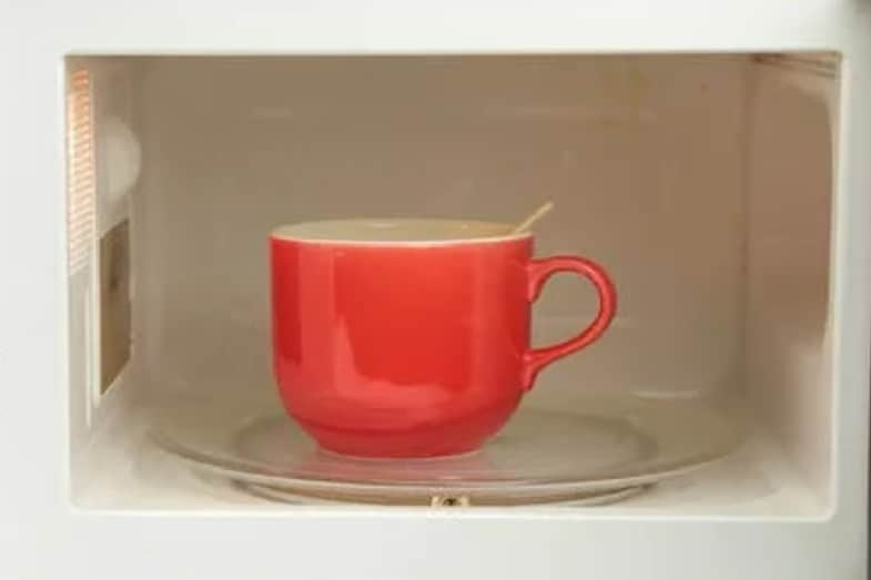 how to boil water in the microwave