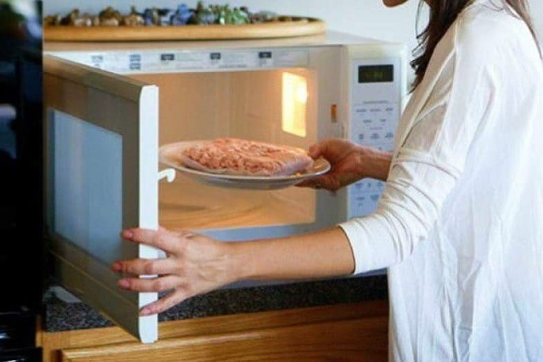 is glass safe to go in the microwave