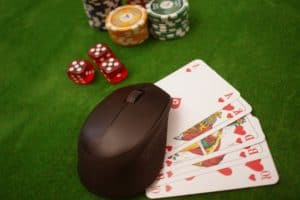 How to Play Poker Online with Friends?