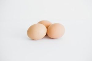 How Long Can Boiled Eggs Sit Out?