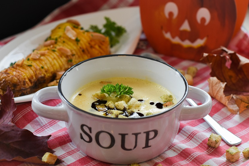 How Long Does Soup Last in the Fridge? [Chicken Soup, Vegetable Soup, and More]