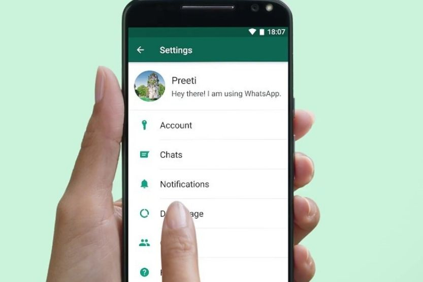 how much data does WhatsApp use
