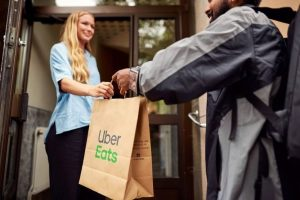 Do You Tip Uber Eats? Should You Tip Uber Eats?