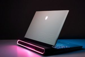 Read more about the article Is Alienware Worth It? [Laptops, Desktops, Alpha Review]