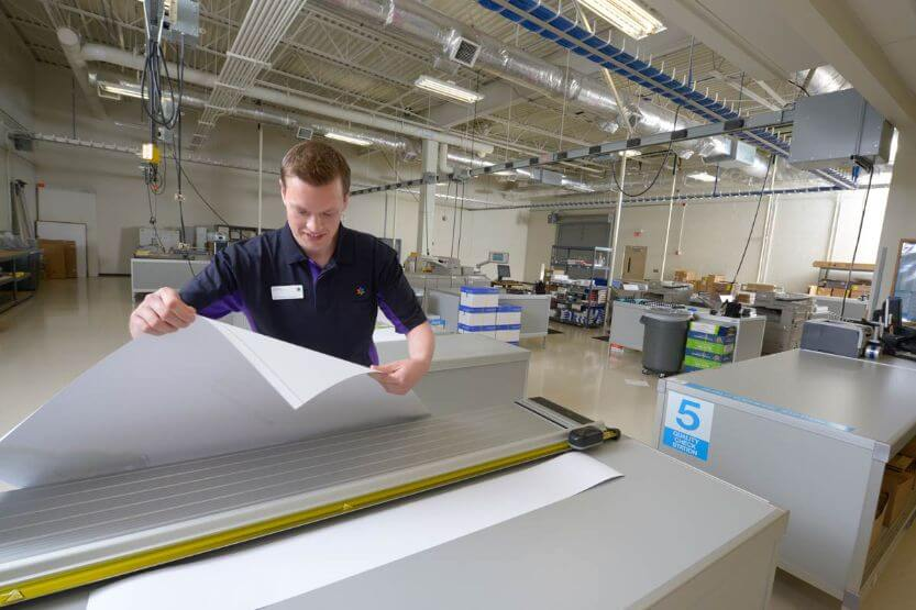 How Much Does It Cost to Print at FedEx? [Print and Go Cost]
