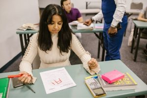 Read more about the article US Grading System [What Is the Academic Grading System in the US?]