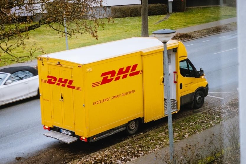 How Long Does DHL Take to Deliver? [DHL Delivery Time]